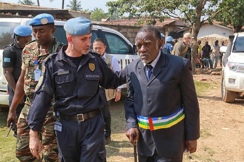 Intervention militaire en Centrafrique - Opération Sangaris - Page 21 23099726673_525290d06f_c