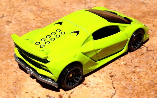 Hot Wheels - Lamborghini Sesto Elemento