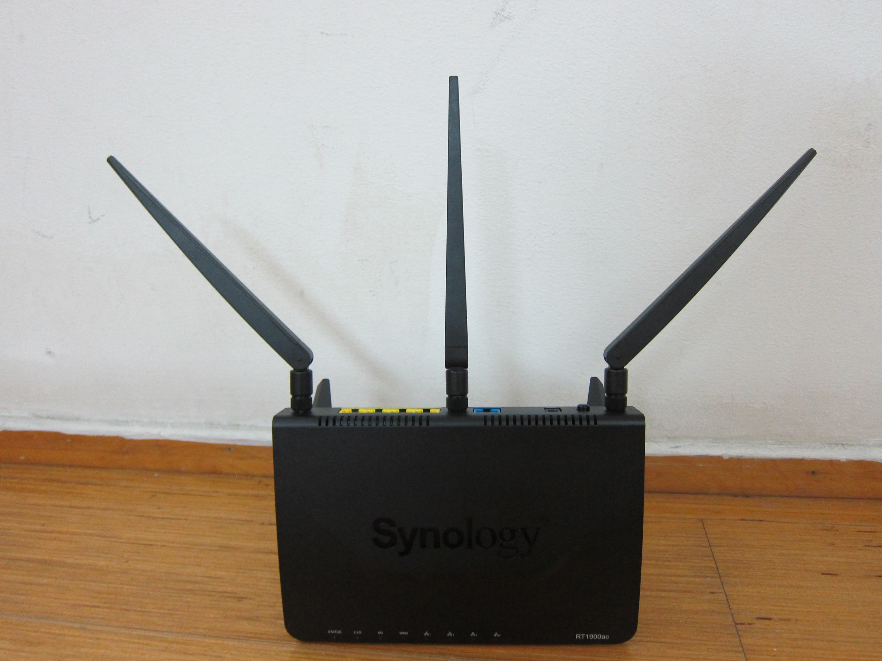 Synology Router Rt1900ac Review Blog Wireless Home Network Broadcom Diagram With Stand