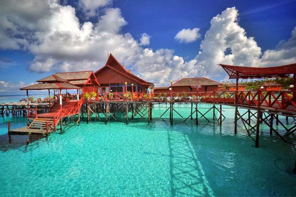Maratua Paradise Resort 1
