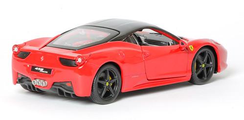 Ferrari 458 italia 1 24 bburago per centauria for Ferrari cerniere