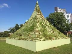Socrates Sculpture Garden Agnes Denes 1