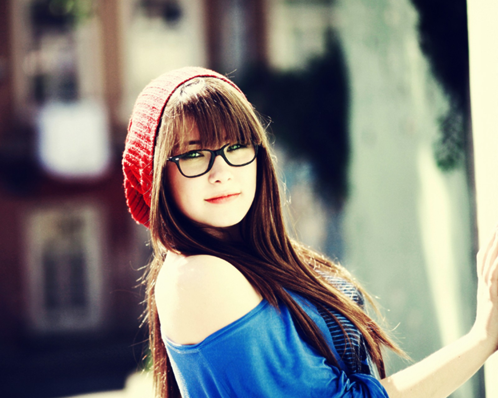 Gambar 19 untuk 4 Alasan Memilih Kacamata Dibanding Contact Lens