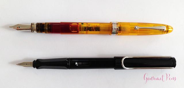 Review Omas Ogiva Cocktail Fountain Pen - Stub @Omas_Official (8)