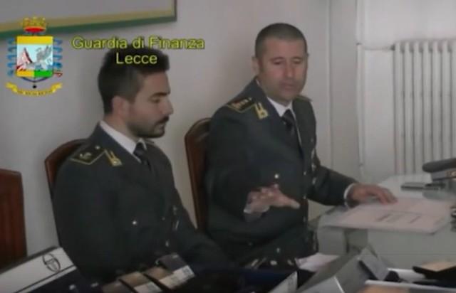Casamassima-Maxi sequestro di articoli contraffati al Baricentro (1)