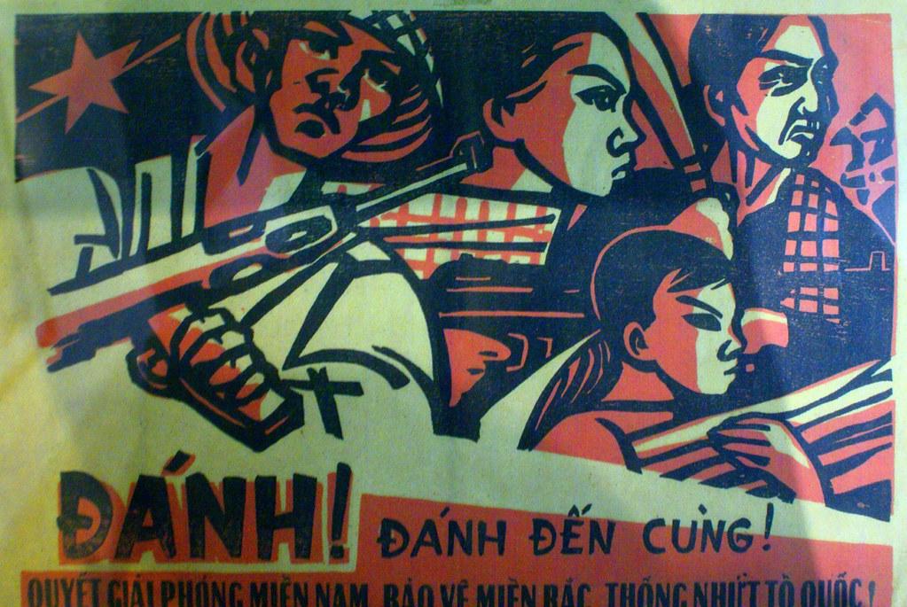 Affiche de propagande au musée de la révolution d'Hanoi.
