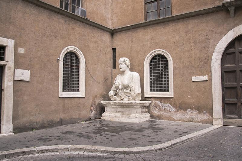 Statua Parlante - Roma