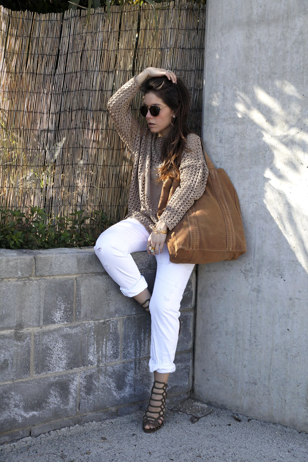 01_SPRING_NEUTRAL_OUTFIT_STREET_STYLE_FASHION_BLOGGER_INFLUENCER_BARCELONA_THEGUESTGIRL