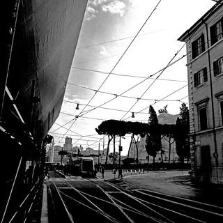 Imagen de Vittoriano. february 2017 panasonicdmctz30 rome roma lazio italia italy europeanunion tramway tram railway piazzadivenezia vittoriano colonnatraiana 100