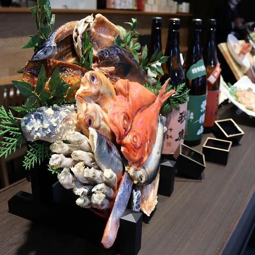 店頭ディズプレイが干物! #ひものと #東京駅一番街 #pr_conecc