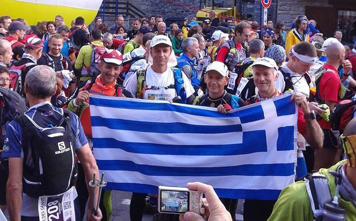 Έκδηλη η χαρά των Παπαδόπουλου, Βαραδά, Καζούρη και Μπάγιου λίγο πριν την έναρξη του αγώνα το 2014 | Photo (c): Μ.Παπαδόπουλος