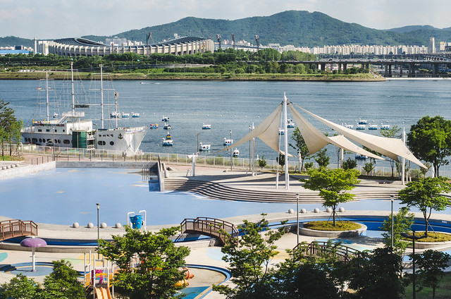 Seoul Sub_Urban: Ttukseom Resort