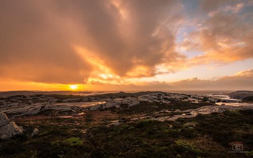 christmas winter light sunset sun seascape norway coast europe december waves sundown solstice wintersolstice coastline desember lightscape tranquilscene 1635mm nikkor1635mmf4 norskekysten thenorwegiancoast