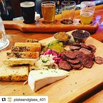 Stop in tonight for dinner between 4pm-10pm. We will also have the @patriots game on starting at 8:15 pm & a wide range of appetizers/small plates like the one pictured above. - (@aquidneck_farms Sausage Board) @plateandglass_401 #sausage #AQF #board #ger