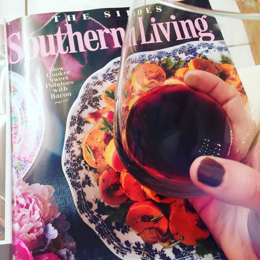 The best kinda bath (and evening). 👍🍷💦 #lushusa #lush #edgewildwine #redwine #southernliving #sweetpotatoeswithbacon #ohyeah