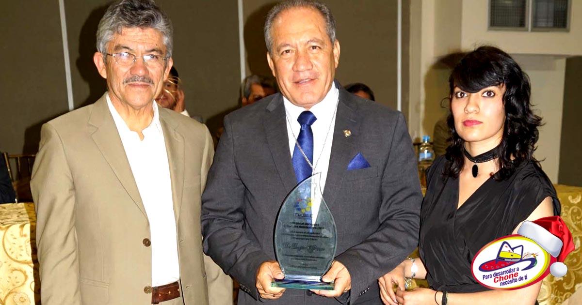 Alcalde galardonado al Liderazgo y Gestión Municipal