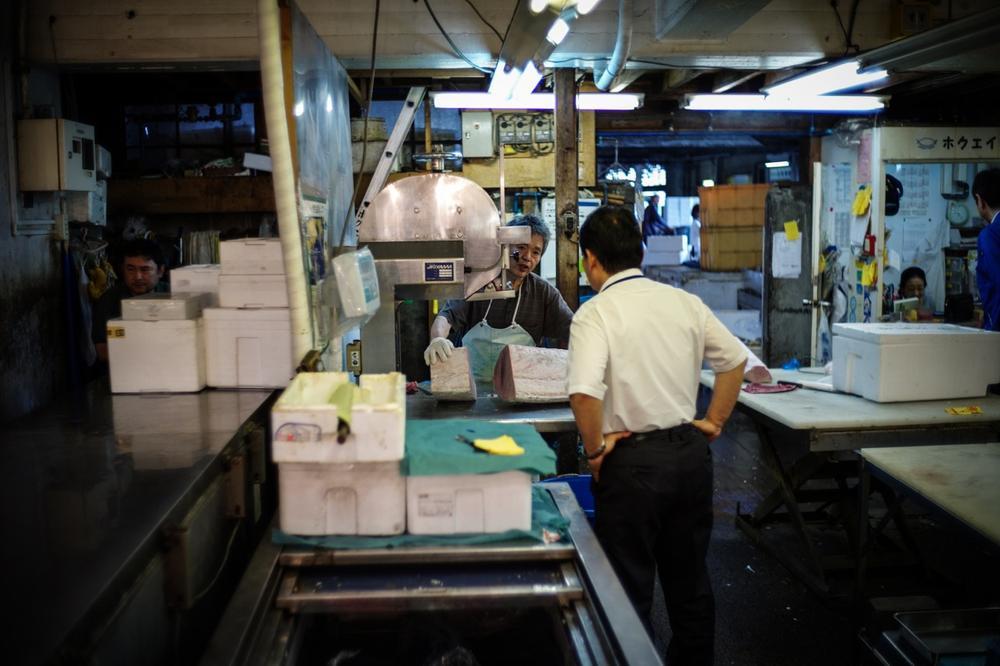 風情文化/探访世界上最具传奇色彩的东京築地魚市 Tsukiji Fish Market8