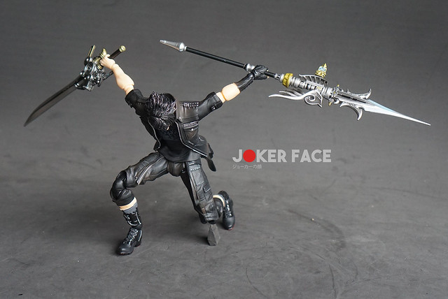 Action Figure Noctis Play Arts Kai - Final Fantasy