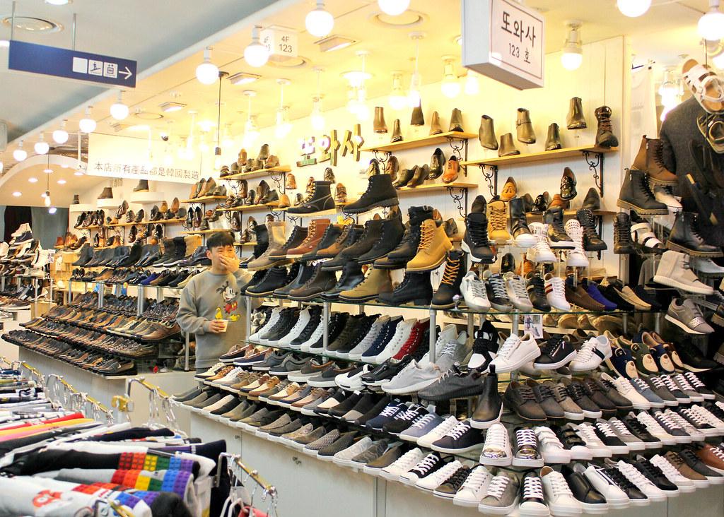 dongdaemun-shoes-department