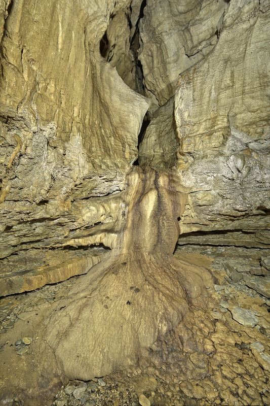 Spouting Dome Cave, Cumberland County, Tennessee 7