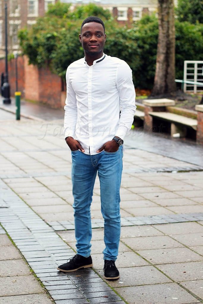 mens-white-collarless-shirt-with-blue-denim-jeans, Grandad shirts, collarless grandad shirts, how to style mens collarless shirt, band collar shirt, band collar shirts, white band collar shirts, white Grandad shirts, how to style a white Grandad shirts, how to wear a white Grandad shirts, how to wear a band collar shirts, how to wear a white band collar shirts, how to style a white band collar shirts, blue jeans, men's Grandad shirts