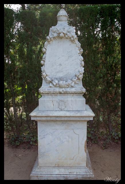 Monumento que recuerda visita de Reyes