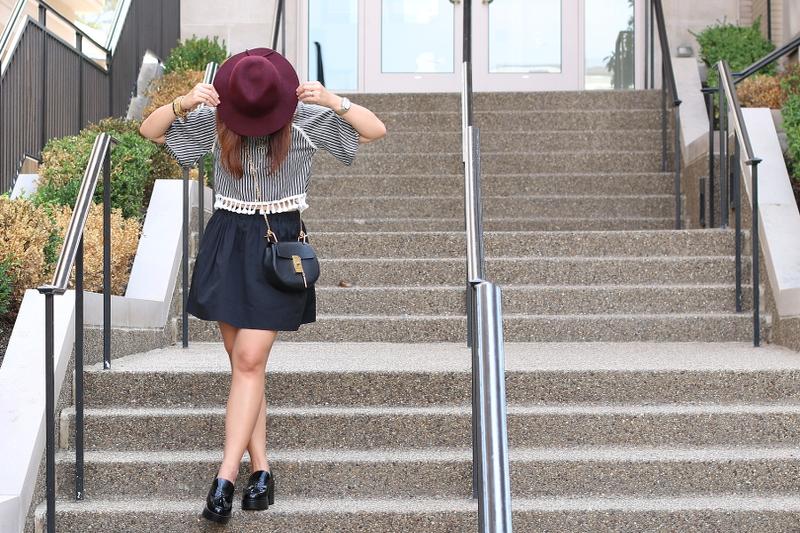 floppy-hat-skirt-loafers-9