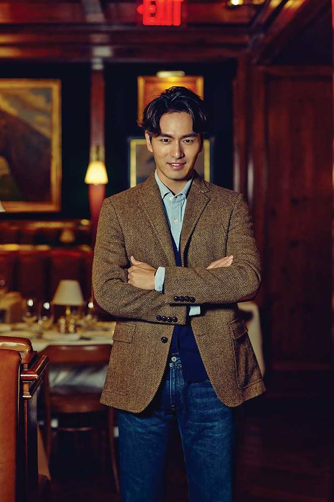 Lee-Jin-Wook-Esquire-Korea-October-2015-Photo-Shoot-004