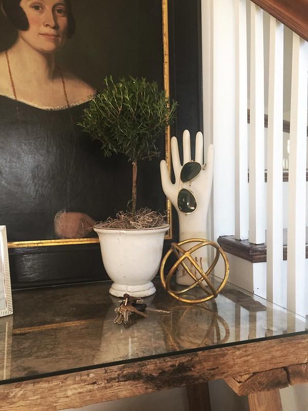 foyertopiary_closeup