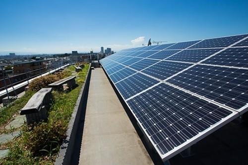 日本コムシスさま世田谷事業所太陽光発電パネル