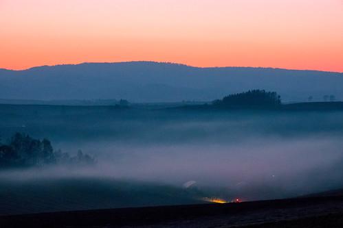 陽が落ちたら霧が出て雲海に