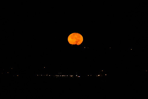 Harvest Moon Over Dana Point (California) - October 26, 2015