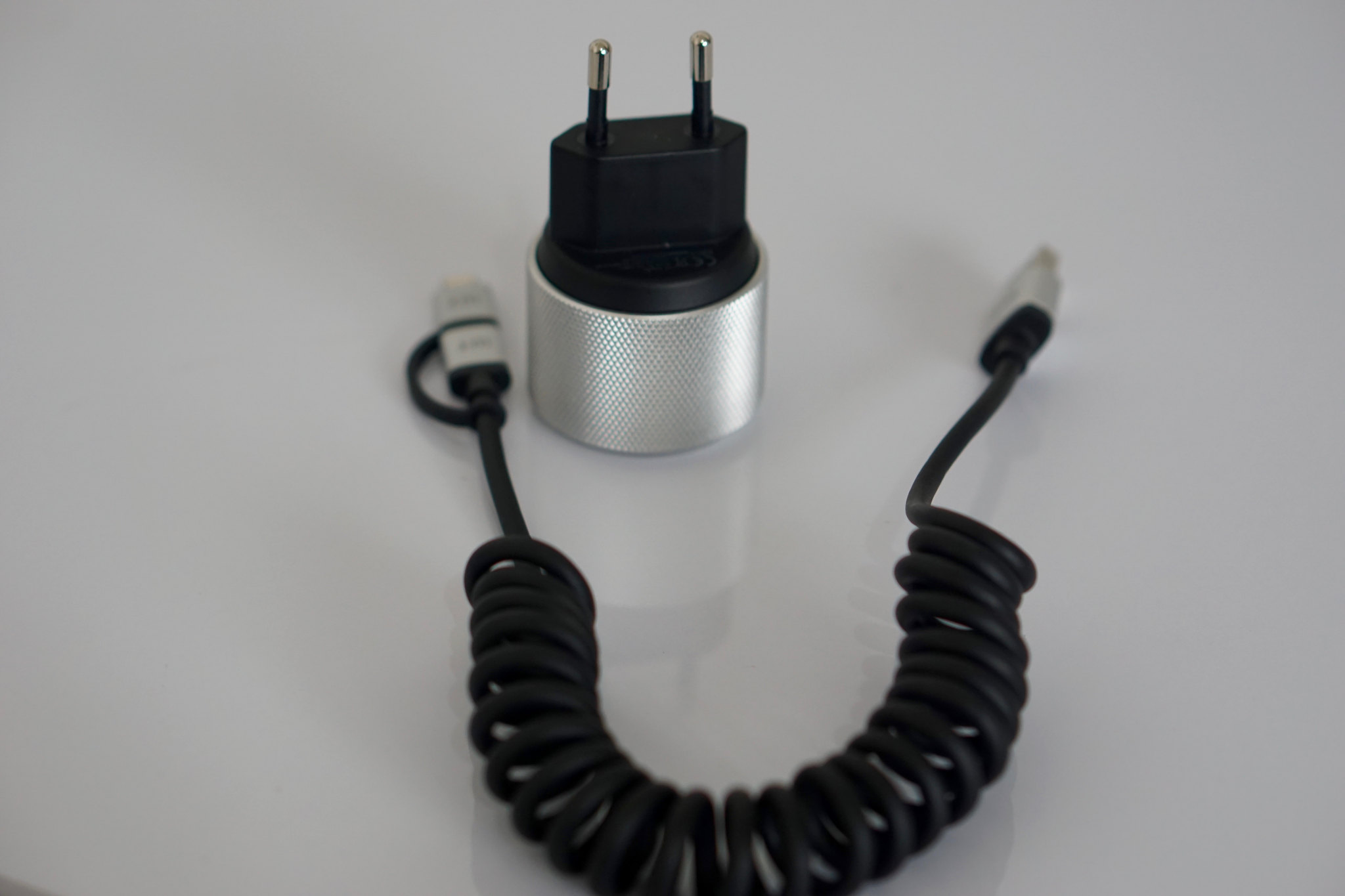 Test du chargeur USB AluPlug de Just Mobile