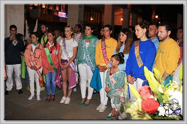 Minuto de silencio en memoria de Pedro Villar y desfile de peñas (2)