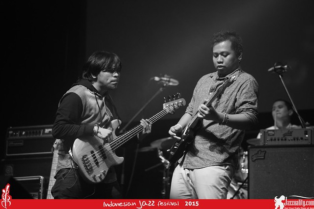 Indonesian Jazz Festival 2015 - Barry Likumahuwa Projectt(1)
