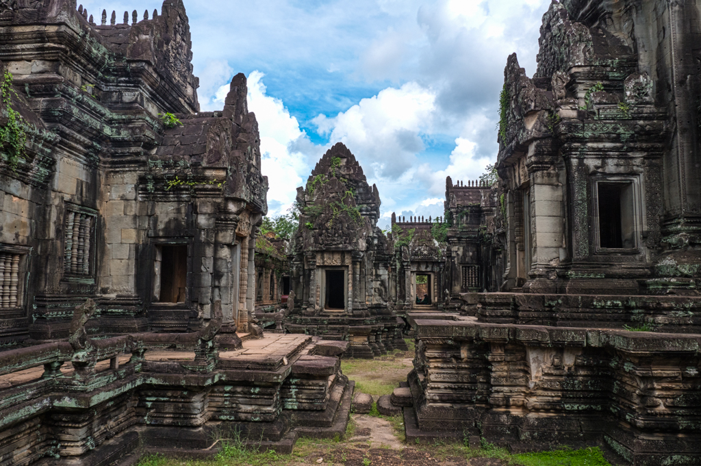 Banteay Samre Temple at Angkor Wat in Siem Reap, Cambodia-6