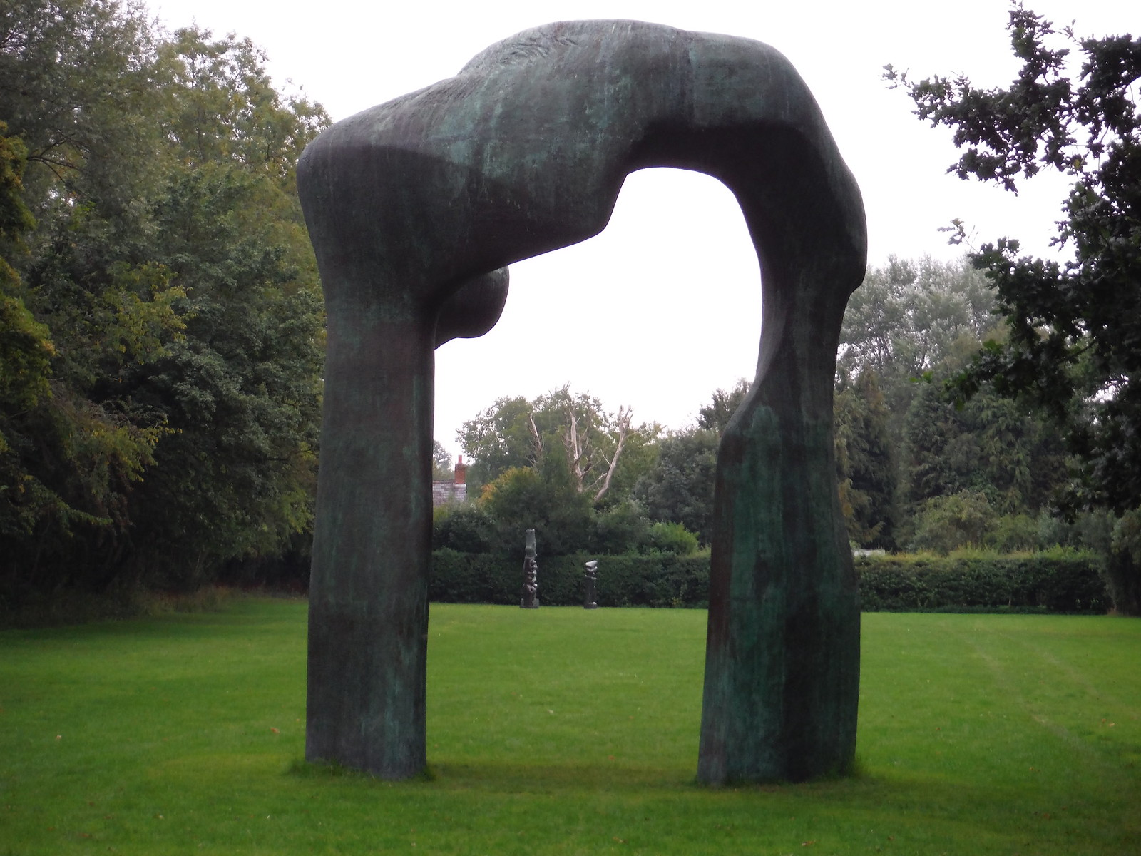 The Arch (1969) and Upright Motives (1955-56) SWC Walk 164 Roydon to Sawbridgeworth via Henry Moore Foundation