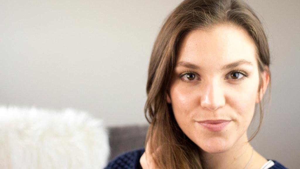 Maquillage d'Automne | Un Soupçon de Rose | Dans cette vidéo, je vous présente un tutoriel maquillage parfait pour l'automne. Pour plus d'infos, cliquez sur ce lien: http://www.unsoupconderose.com/2015/10/maquillage-automne.html