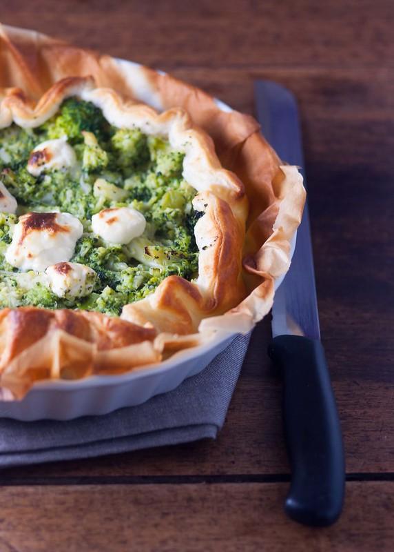 Torta salata con broccoli e stracchino