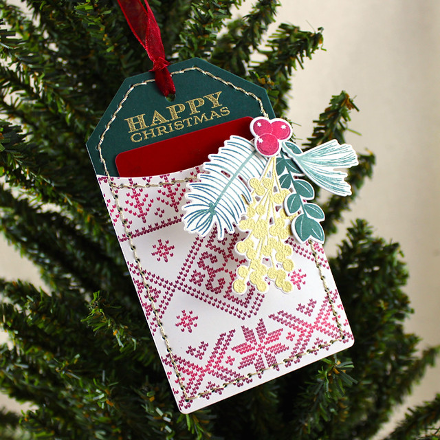 Christmas Pocket Tag