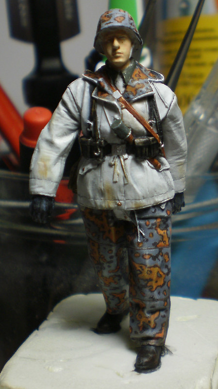 WSS Grenadier Late War - Alpine miniature - 1/35eme - Peinture a l'huile - Page 2 22986457249_30df6c7939_c
