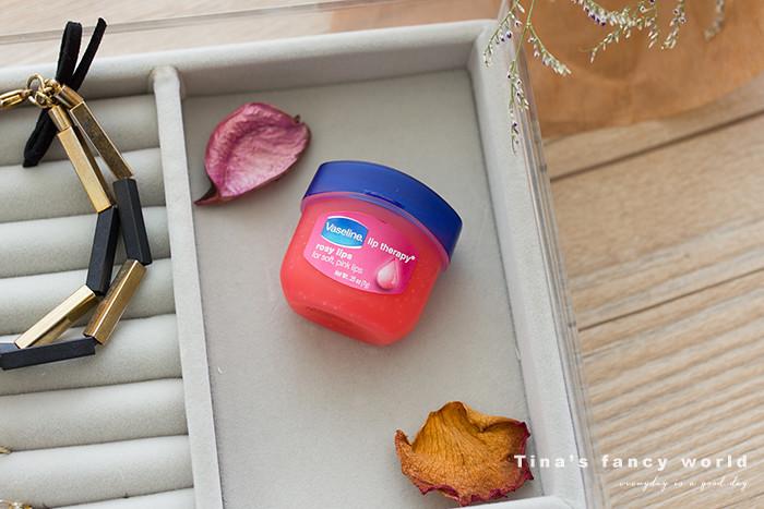 凡士林護唇膏Vaseline Lip Therapy