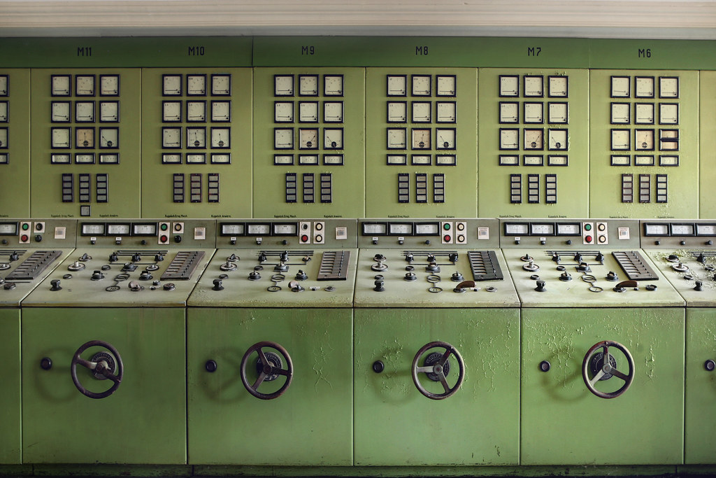Retro power station