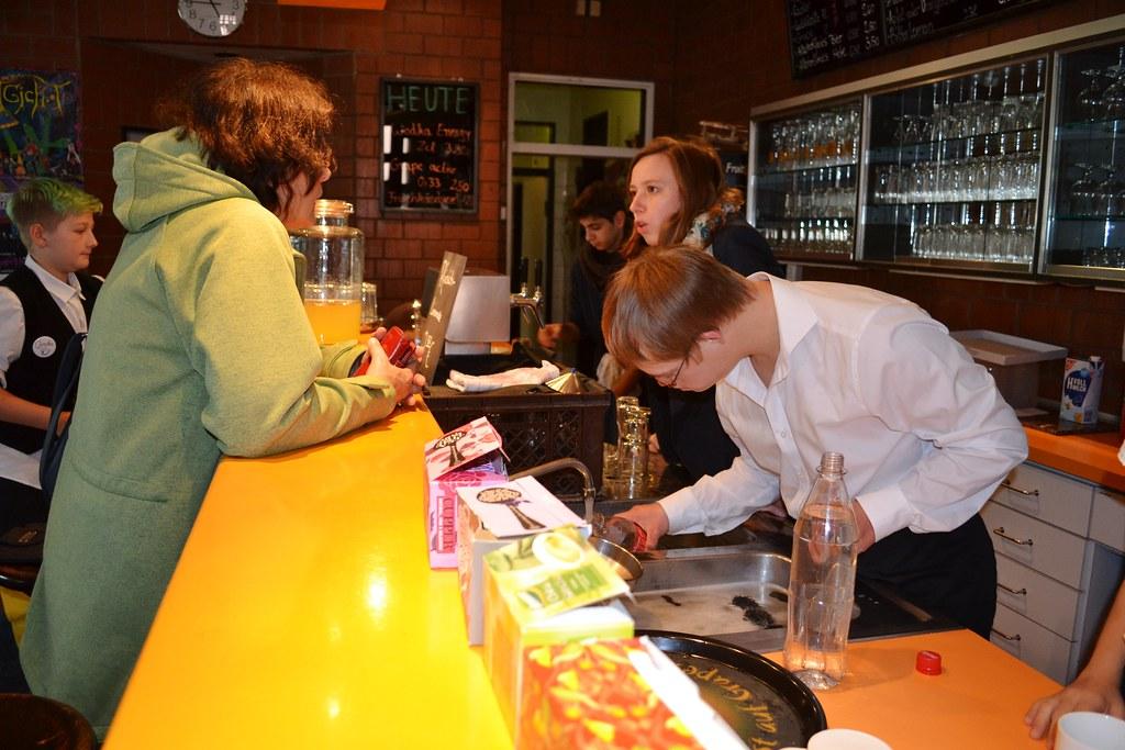 Karlsruhe: Spendenübergabe - Café Comba - 22.09.2015