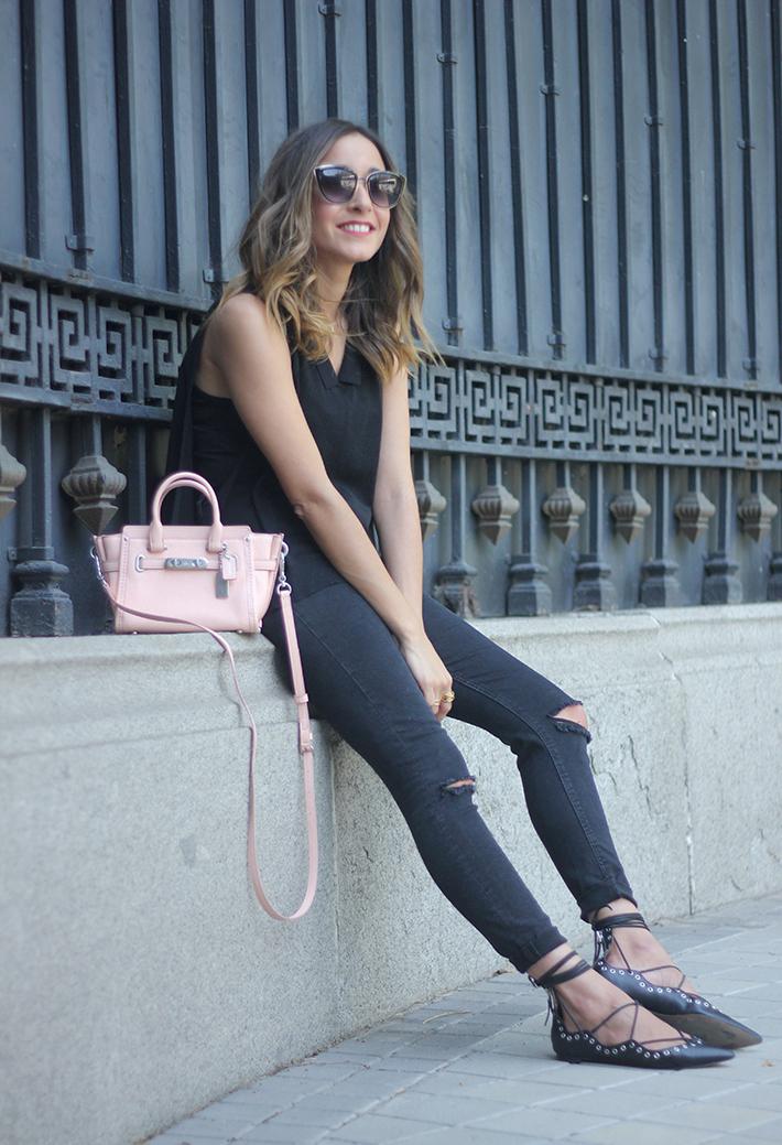 Lace Up Flats Black Jeans Top Hoss Intropia Coach Bag Aristocrazy09