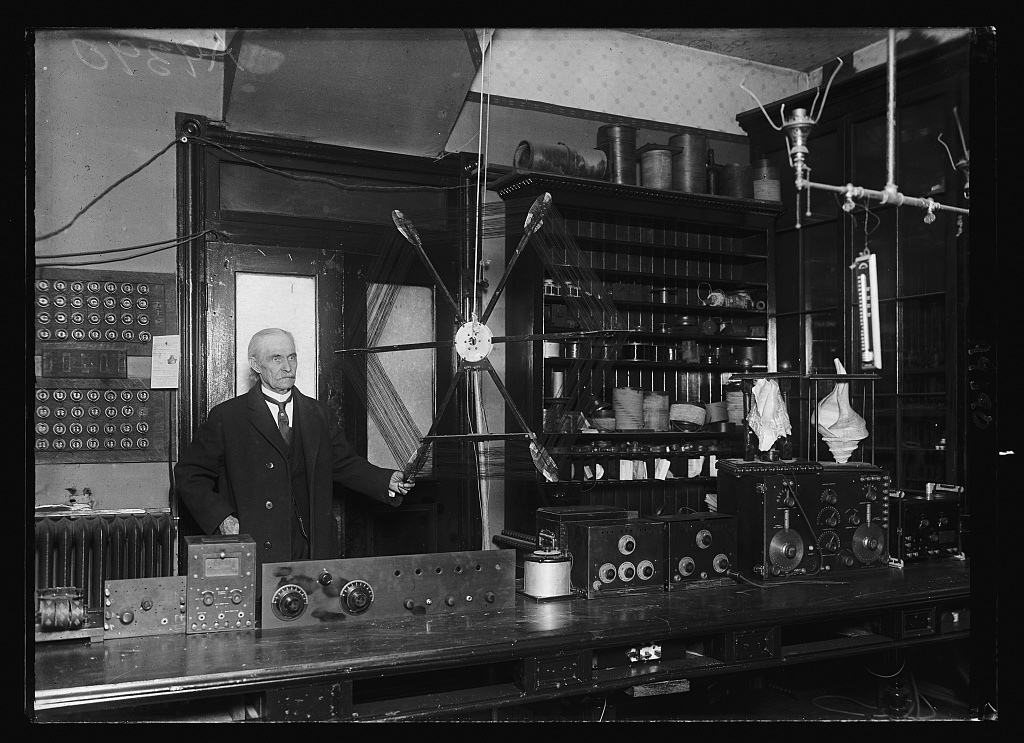 Identified! [Inventor Dr. James Harris Rogers with his loop aerial antenna inventions] (LOC)