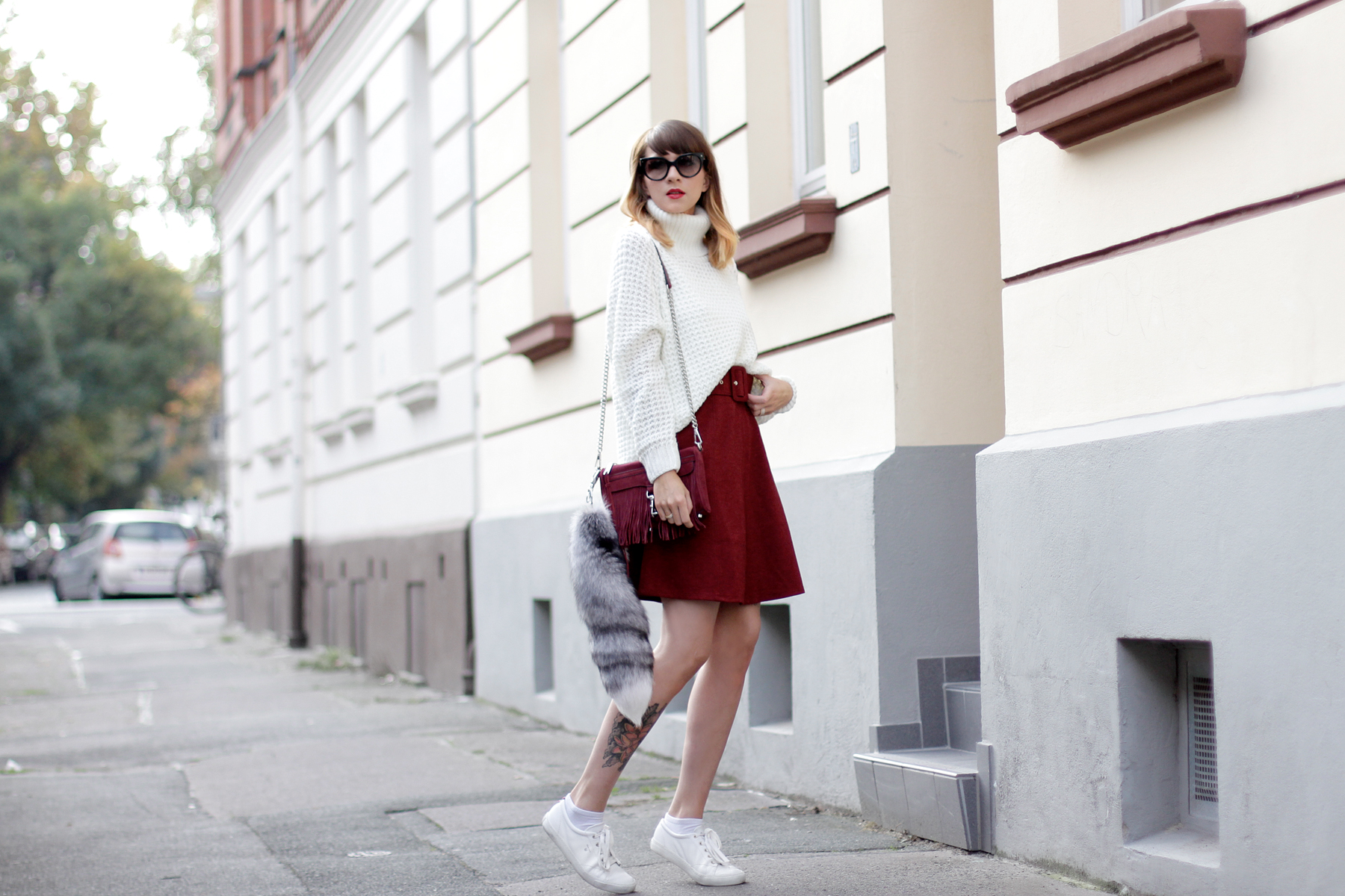 edited the label red burgundy a line skirt seventies soft white knit rebecca minkoff wine bag cross body cats & dogs fashionblogger ricarda schernus blog berlin hannover düsseldorf 6