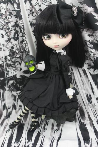 Spooky little dead girl