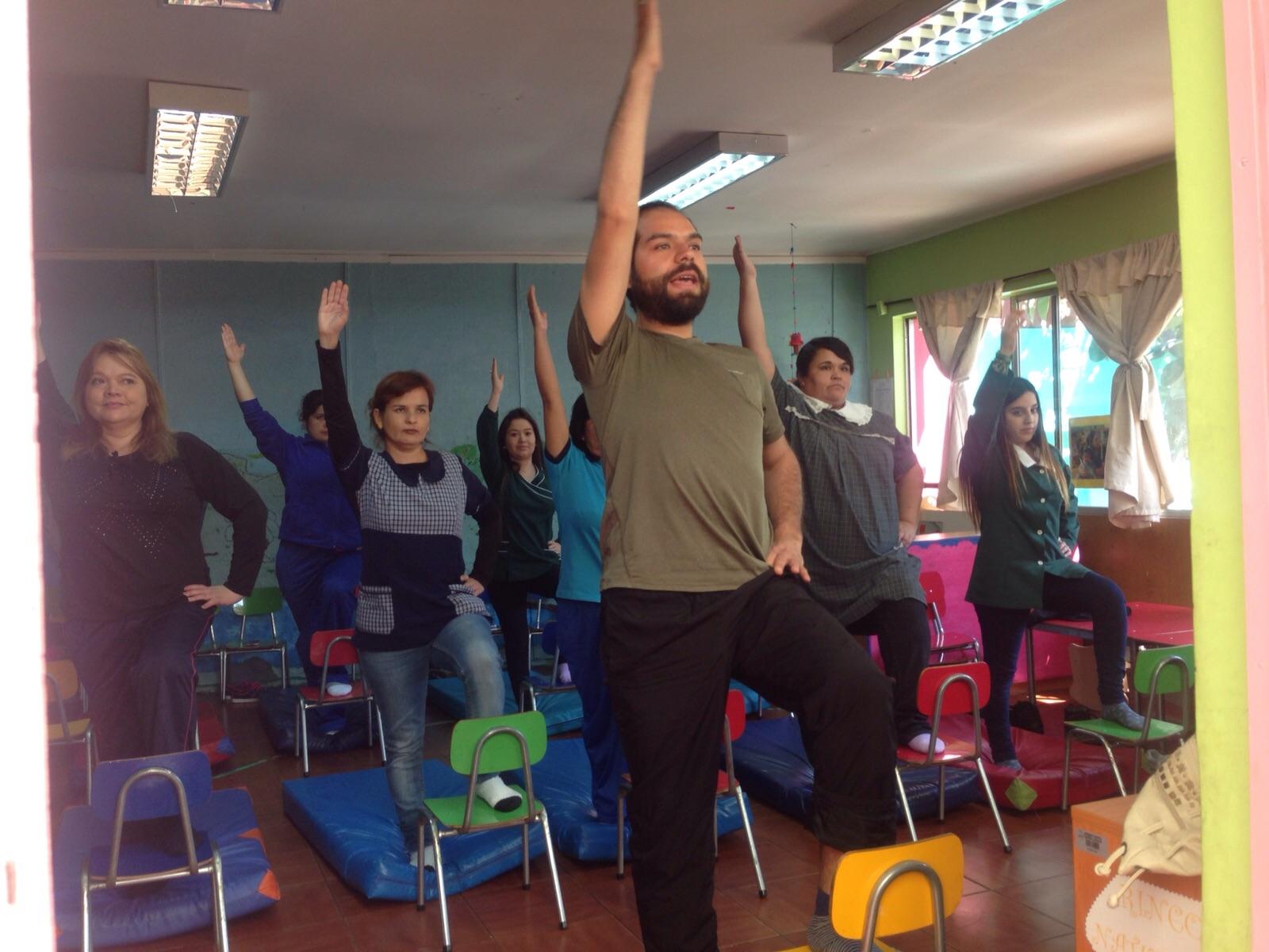 Yoga en el Jardín Infantil Nazareth