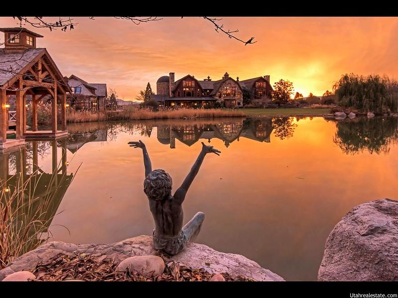 Самый красивый особняк у озера в Юте